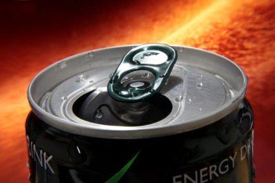 ¿Cómo afectan las bebidas energéticas a nuestros vasos sanguíneos?