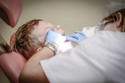 Cuidar la salud de la boca desde niños previene la enfermedad vascular
